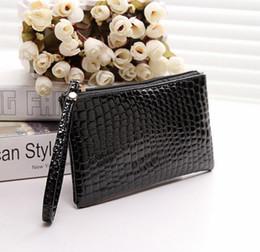 Wholesale Mobile Phone Bag Purse Wallet - 2017 PU soft noodles handle bag Han edition mobile phone package Zero wallet Ziplock bag 19*11cm