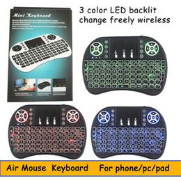 rii mini i8 batterie Promotion Mini Clavier Sans Fil 3 couleurs rétro-éclairé 2.4 GHz Anglais Russe Air Mouse Télécommande Touchpad Pour Android TV Box Tablet Pc DHL