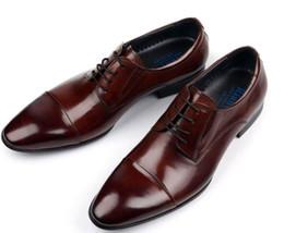 2019 zapatos italianos de cuero vintage 2017 zapatos clásicos de la vendimia para hombre de la marca de fábrica formal zapatos de cuero italianos del negro marrón de los hombres de negocios zapatos italianos de cuero vintage baratos