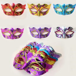 Wholesale Wholesale Glitter Masquerade Masks - New Party Mask With Gold Glitter Mask Venetian Unisex Sparkle Masquerade Venetian Mask Mardi Gras Costume masks I053