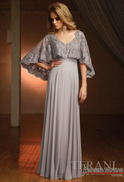 Wholesale Grey Beading Wedding Dress - Mother Of the Bridesmaid Dresses For Wedding 2017 New Arrival A Line Chiffon Grey Mother Dresses Lace Appliques V Neck Custom Made