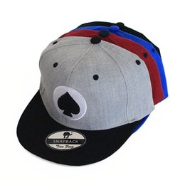 Wholesale Coolest Snapback Hats Designs - New Fashion Design WomenSnapback Caps Men Heart Embroidery Fitted Flat Bill Hats Cool Snapback Hip Hop Cap