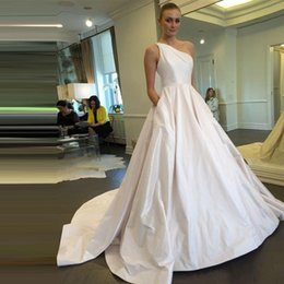 Wholesale one shoulder bridal wedding gown - 2017 Elegant Wedding Dresses One Shoulder Satin Simple Wedding Bridal Gowns with Pockets Coutry Style Wedding Dress Custom Made
