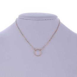 f69e1d853124 Las mujeres simples pequeño círculo borlas Chian Bar plata   color oro  aleación simple collar de gargantilla para las mujeres collar al por mayor