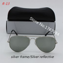 e8cb36c78ed 2017 Europe and the United States influx of people sunglasses leisure style  men and women Korean version of the driving mirror elegant retro