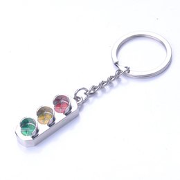 Wholesale wholesale traffic lights - Traffic Light Keychain Alloy Car Key Ring Wedding Favors And Gifts Wedding Souvenirs Wedding Supplies DHL Free Shipping