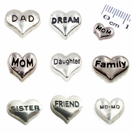 Wholesale Love Floating Charm - 10pcs Multiple choice sliver plain heart mom dad daughter sister friend family MO-MO Floating Charms For Glass Living Locket Free shipping