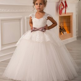 Wholesale Toddler Girls Purple Dress - Designer Lace Ball Gown Flower Girl Dresses Puffy Junior Princess Kids Wedding Dresses Cap Sleeve Purple Bow Beauty Toddler pageant Dresses