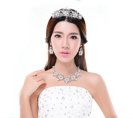 Wholesale Korean Pearl Diamond Necklace - Bridal accessories three sets of stars Korean crown Wedding Necklace Pearl Wedding Accessories