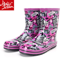 Wholesale Hot Korean Boots - RainBoots Ladies Fashion Rubber Rain Boots Waterproof Women Hot sale 2016 Shoes Mid-Calf Shoes Skid Summer Best Selling Korean Purple Letter