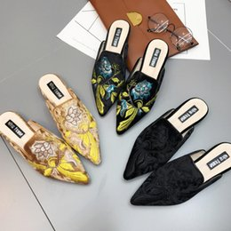 Wholesale black swan blue - Koovan Women Slipper 2017 New Swan Silk Pointed Head Flats Shoes Half Slippers Women Shoes Summer Cool Flower Lazy Sandals Three Colors