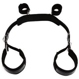 Handbänder für sex online-Sklaven Sex Oberschenkel Schlinge mit Handschellen sexuelle Hilfe für leichtes Eindringen BDSM Bondage Hand Fesseln Gurt Spielzeug für Erwachsene schwarz Kunstleder BXA297