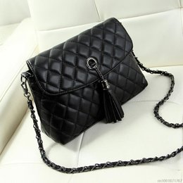 Wholesale Messenger Bag Minimalist - Wholesale-New Style Retro Minimalist Crossbody Bag Fashion Small Women Shoulder Bag Tassel Women Messenger Bag