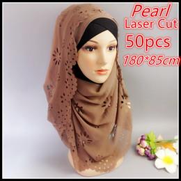 laserperlen Rabatt Großhandels- A 21 50pcs 180 * 85cm färbte Perlenluftblase Chiffon- Laser schnitt Blumenkornhöhlenschals hijab populäre einfache Schals / Schal