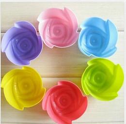 Contenitori di cupcakes online-Stampi per cupcake in silicone per cupcake 7CM Astucci per muffin Stampi per cioccolato in silicone Strumenti di cottura per cupcake singoli