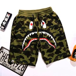 Wholesale camouflaged pants men - Teenager Outdoor Hip-hop Fashion Short Pants Men's Shark Head Camouflage Youth Casual Shorts Panties Pants In The Pants Sizes M-2XL