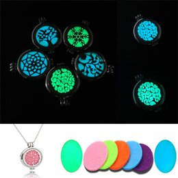 Wholesale Opened Box Pendant - Luminous Hollow Mesh Life Tree Aroma Necklace Can Open The Box Aromatherapy Jewelry Essential Oils Diffuser Necklace Free DHL B415Q