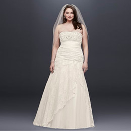 Wholesale Elegant Strapless Wedding Dress Hot - Elegant Strapless Plus Size Wedding Dresses 2017 Hot Sale Lace Side Split Wedding Dress A-Line Crystal Brodal Gowns 9YP3344