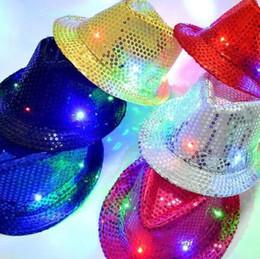 2019 cadeau jazz LED Jazz Chapeaux Glow Mode Coloré Flash Cap Mâle Et Féminin Club Dance Hip Hop Cap Cadeau De Noël 9 zj R promotion cadeau jazz