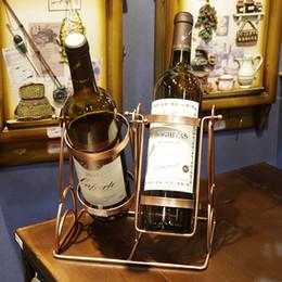 Support de vin rouge d'oscillation de fer rouge de stockage de table articles d'ameublement pour 2 bouteilles HG11875 ? partir de fabricateur