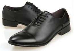 Canada Le nouveau studio à la mode faible aide wingtip chaussures chaussures en cuir pour hommes robe noire d'Angleterre Chaussures en cuir blanc supplier black wingtip dress shoes Offre