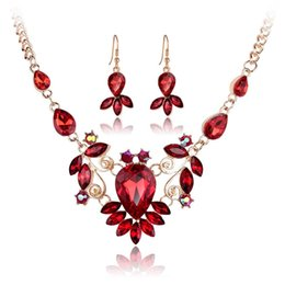 Wholesale Wedding Purple Acrylic Crystals - Red Blue Crystal Flower Necklace Earrings Jewelry Sets Gold Chain Women Bride Wedding Necklace Earring Jewelry Statement jewelry 162053