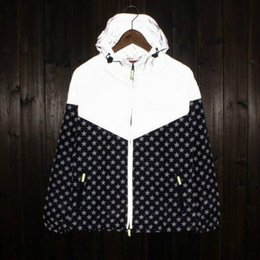Wholesale Men S Camouflage Jackets - New Mens sport skateboard 3M reflect light outdoor camouflage jackets coats men women camo floral jacket windbreaker