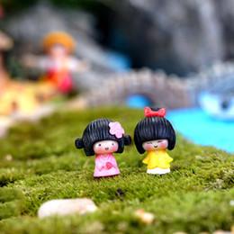 Wholesale People Cartoon Drawings - New Japan cartoon kimono girl 2designs fairy garden miniatures mini gnomes moss terrariums resin crafts figurines for garden decoration