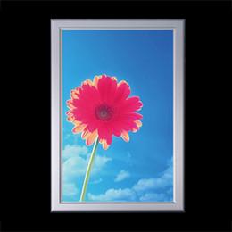 seitenlichtmontage Rabatt 50 * 70cm Poster LED-Beleuchtungsbox Edge-Lit 4-Side Snap Frame Einzelwandmontage Custom Adapter und Stecker