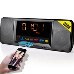 Canada En gros-2016 Nouveau LCD Affichage numérique Sans Fil Bluetooth Haut-Parleur FM Radio Double Réveil TF Bluetooth Stéréo Haut-Parleur Pour iPhone cheap alarm clock radio for iphone Offre