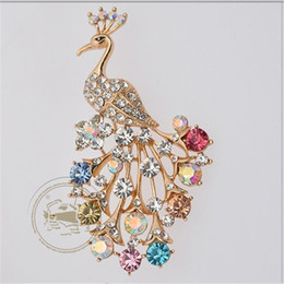 Wholesale Large Peacock Plate - wholesale handmade elegant brooches large rhinestone peacock gold-plated jewelry pin for wedding dresses