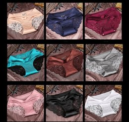 Wholesale plus size cotton panties - Sexy Lace Underwear Triangle Panties for women Transparent Traceless Seamless Middle Rise Plus size Comfortable 100%cotton crotch 2017 DHL