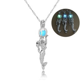 Wholesale Fluorescent Chain Necklace - Mermaid Necklace Locket Fluorescent Light Glowing in Dark Mermaid Pendant Chains Fashion Jewelry Gift for Women Drop Shipping