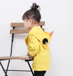 Wholesale Outer Clothing - Retail Spring Autumn Girls Tench Coat Cartoon Duck Yellow Hoodie Long Sleeve Outer Garment Children Clothing 1-5T K660