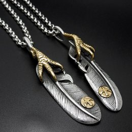 Wholesale Eagle Pendant Necklace - Men's and women couple eagle claw feather stainless steel pendants vintage titanium steel pendant necklaces jewelry accessories