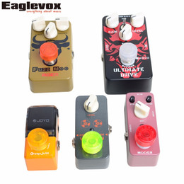 Wholesale Mooer Guitar - Wholesale- 10 pcs Footswitch Topper Random Color Mix Mooer Candy Colorful Plastic Bumpers Footswitch Protector For Guitar Effect Pedal