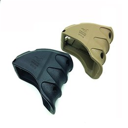 Wholesale M4 Magazine Grip - Tactial FAB Defense ForeGrip MAKO MWG Magazine Well Grip Upgrade Version for AR15 M16 M4