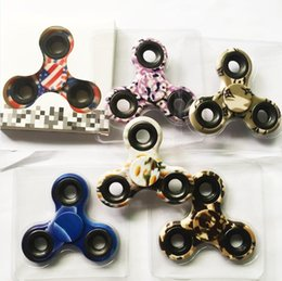 Wholesale Colorful Shipping Boxes - New Camo Colorful Fidget hand Spinner Toy Hand Triangular Spinner Toy For Decompression Anxiety Toys With Retailed Box free shipping
