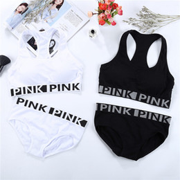Wholesale Seamless Underwear Girls - Women Pink Letter Yoga Set Fitness Workout Seamless Sports Bra Underwear Set VS Pink Printed Running Sports Sets With Chest Pad OOA2908