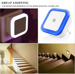Mini sensor de luz online-Mini Auto Night Night Baby Night Sleeping Lamp Control de Sensor de Luz Incorporado Lámpara de Pared de Luz de Noche Blanca EE. UU./UE