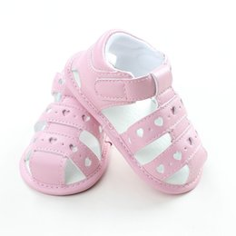 Wholesale Childrens Summer Shoes - Summer Bebe Heart Pattern Sandals Babies anti-slip Soft Clogs Childrens Princess Cute Shoes 2017 Toddler Wholesale shoes