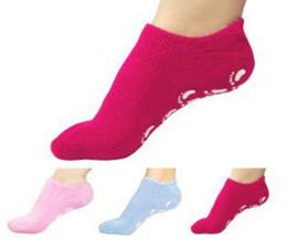 Wholesale Softening Socks - Moisturizing Soften Repair Cracked Foot Skin Treatment Gel Spa Socks Foot Care Stretchable for Women