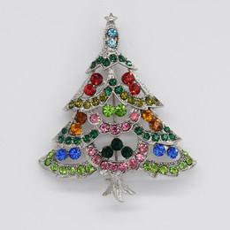 Canada 12 pcs / lot Gros Mode Noël Broches Cristal Strass Arbre De Noël Broche Broche Cadeaux De Noël C666 Offre