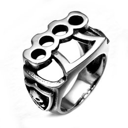 Wholesale Jewelry Skull Ring Stainless - MCW Punk Gothic Casting Titanium Stainless Steel Cool Fist Skull Katar Style Rings For Men's Jewelry
