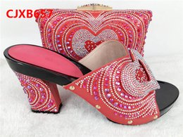 Wholesale African Fabric Shoes - New Peach Color Italy Shoe and Bag Set PU Material Fabric African Italian Shoe with Matching Bag for Party Dress Gold