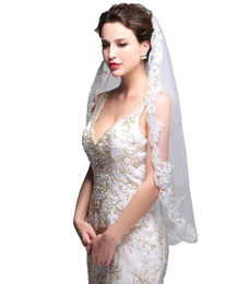 Wholesale Single Layer Veil Bridal Lace - 2017 In Stock Cheap White Ivory Fingertip Length Lace Edge Bridal Veils Single Layer With Comb Wedding Veil Wedding Accessories CPA556