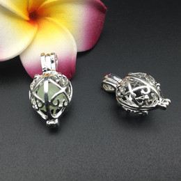 Wholesale Silver Vine - Pearl cage necklace pendant, essential oil diffuser, the flower vine provides silver-plated 8pc, plus your own pearl makes it more attractiv