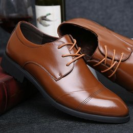 Wholesale Pointed Leather Low Heels - 2017 HOT Big Size 38~44 Man Dress Flat ShoeS Original Men's Business Oxfords Casual Footwear Black Brown Genuine Leather Derby Shoes