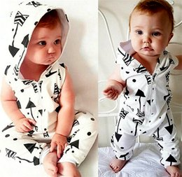 Wholesale Boy Short Sleeve Hooded - INS Baby Zipper Hooded Rompers Newborn Clothes Baby Clothing Set Boys Girls Brand New 100%Cotton Jumpsuits Short Sleeve Overalls Coveralls