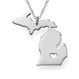 usa staatcharme Rabatt Wholesale-2016 Edelstahl USA Karte Anhänger Halsketten Dicke 1,0mm Mode Silber Michigan State Hohle Herz Charm Kragen Halskette